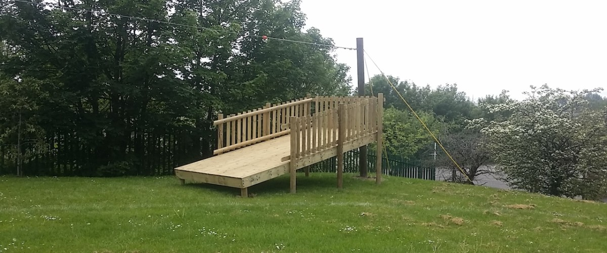 landing platform for zip wire