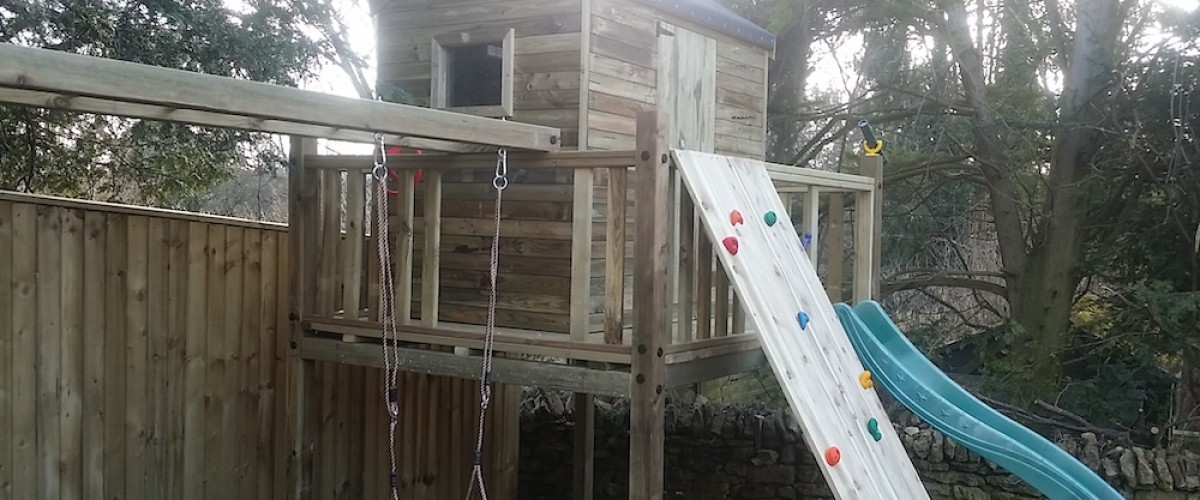 Play House Tower with Climbing Wall and Slide